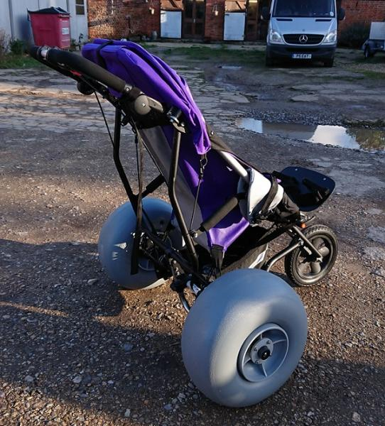 Delta Buggy with 2x WZ1-42UC Wheel<em>EEZ</em>® wheels