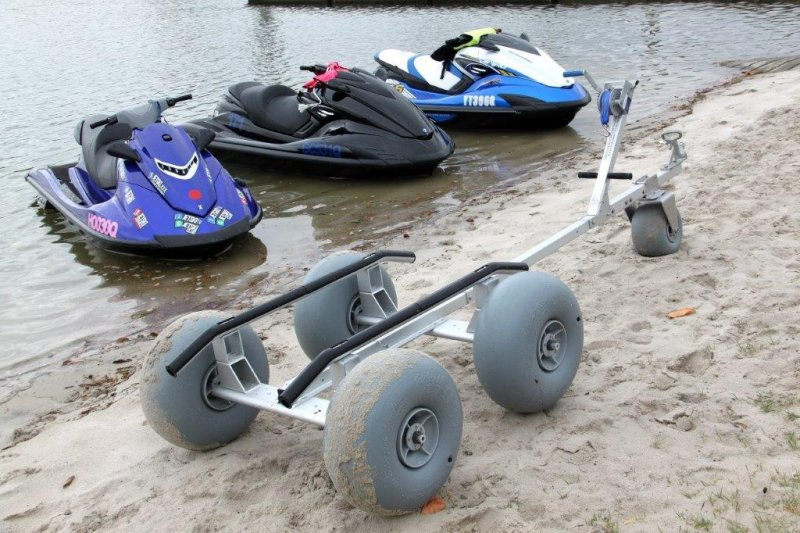 Jet Ski Dolly 24 with additional front swivel caster